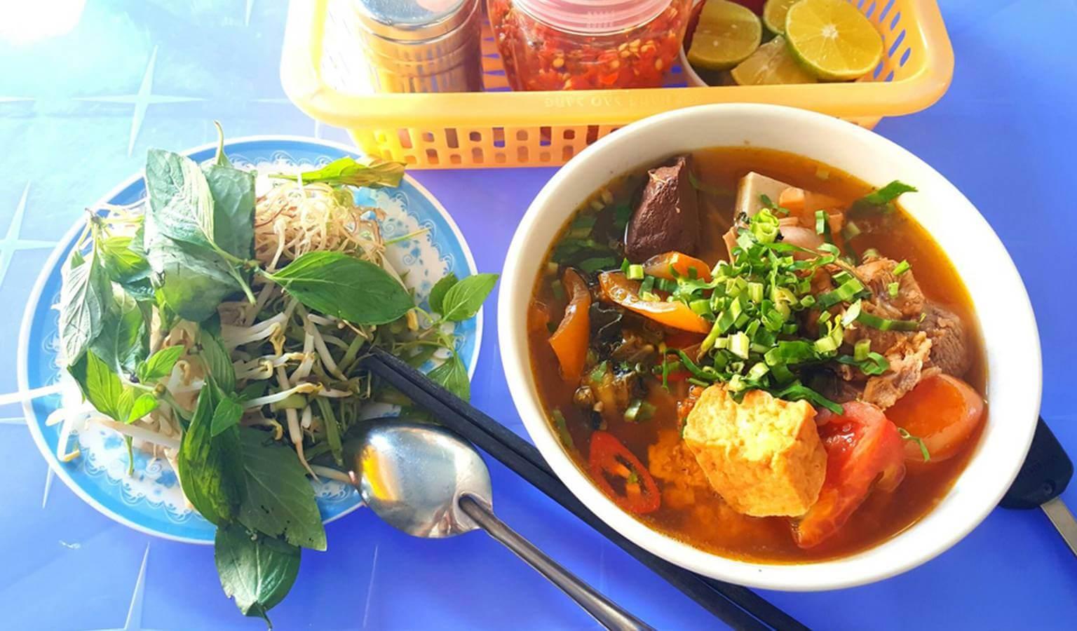 Bún Riêu & Bún Xào - Nguyễn Hiền