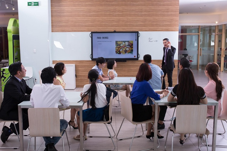 Trung tâm Anh Ngữ EZ learning cần thơ