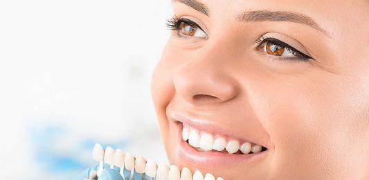 trồng răng sứ cố định